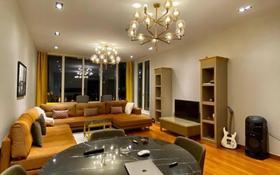 3-комнатная квартира, 130 м², 8/10 этаж помесячно, Аль-Фараби 77/1 за 850 000 〒 в Алматы, Бостандыкский р-н