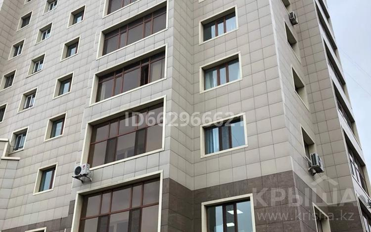 3-комнатная квартира, 84.4 м², 12/13 этаж, проспект Женис — улица Есенберлина за 25 млн 〒 в Нур-Султане (Астана), Сарыарка р-н