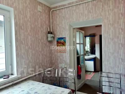 4-комнатный дом помесячно, 100 м², Айтей батыр 12 А — Саламатова за 150 000 〒 в Каскелене — фото 10