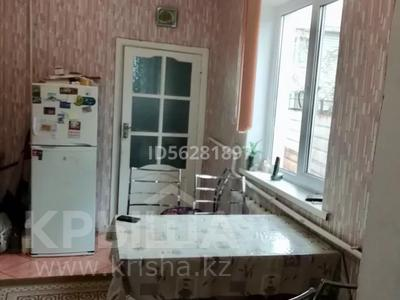 4-комнатный дом помесячно, 100 м², Айтей батыр 12 А — Саламатова за 150 000 〒 в Каскелене — фото 9
