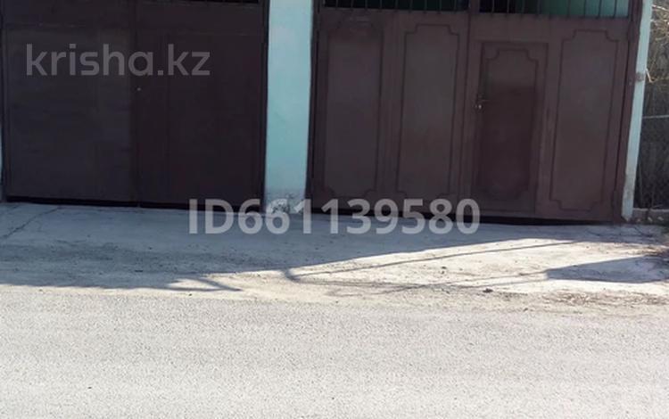 8-комнатный дом, 130 м², 4 сот., ул. Ыргыз за 16 млн 〒 в Шымкенте, Енбекшинский р-н