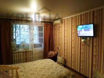 1-комнатная квартира, 33 м², 3/4 этаж, мкр №6, Мкр №6 — Абая за 13.9 млн 〒 в Алматы, Ауэзовский р-н — фото 5