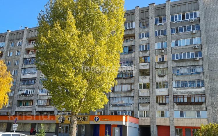 2-комнатная квартира, 53 м², 4/9 этаж, Новаторов 2 — Кабанбай Батыра за 18.9 млн 〒 в Усть-Каменогорске