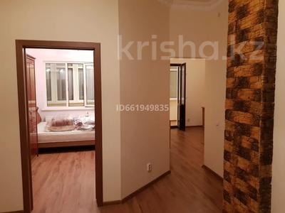 2-комнатная квартира, 77 м², 9/10 этаж помесячно, Момышулы 2в за 160 000 〒 в Нур-Султане (Астана), Алматы р-н — фото 8