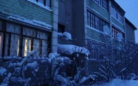 4-комнатная квартира, 86 м², 1/3 этаж, мкр Фёдоровка , Воганная 2/3 за 13.5 млн 〒 в Караганде, Казыбек би р-н