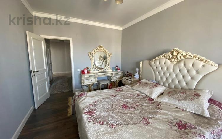 3-комнатная квартира, 134 м², 15/18 этаж, Навои — Торайгырова за 90 млн 〒 в Алматы, Бостандыкский р-н
