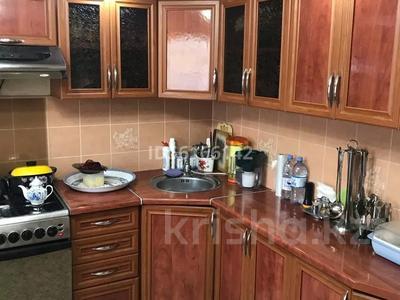 4-комнатный дом, 86 м², 5 сот., Кувская за 18 млн 〒 в Караганде, Казыбек би р-н — фото 2