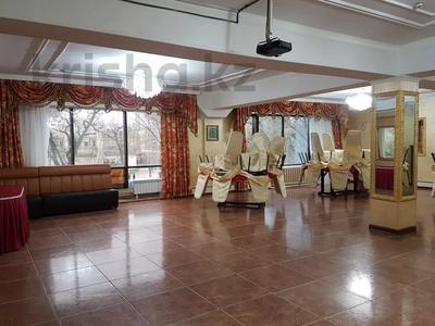 Здание, площадью 741.8 м², Ауэзова — Жамбыла за 458 млн 〒 в Алматы, Алмалинский р-н