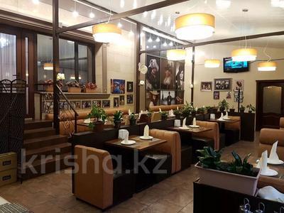 Здание, площадью 741.8 м², Ауэзова — Жамбыла за 458 млн 〒 в Алматы, Алмалинский р-н — фото 6