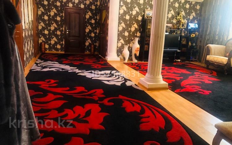 6-комнатный дом, 220 м², 10 сот., Шекспира за 57 млн 〒 в Алматы, Жетысуский р-н