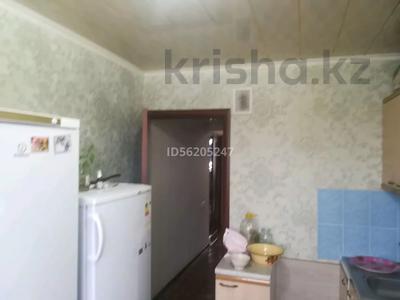 3-комнатная квартира, 65 м², 5/5 этаж, Акбулак за 12 млн 〒 в Таразе — фото 2