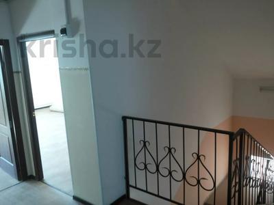 Здание, площадью 300 м², Рыскулова 9 — О,Кошевого за 66 млн 〒 в Актобе — фото 16