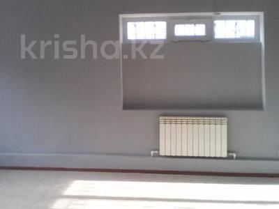 Здание, площадью 300 м², Рыскулова 9 — О,Кошевого за 66 млн 〒 в Актобе — фото 3
