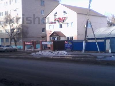 Здание, площадью 300 м², Рыскулова 9 — О,Кошевого за 66 млн 〒 в Актобе — фото 8