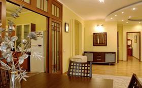 3-комнатная квартира, 160 м² помесячно, Мендикулова 105 — Жолдасбекова за 400 000 〒 в Алматы, Медеуский р-н