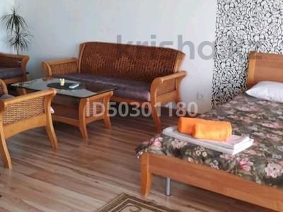 1-комнатная квартира, 40 м² посуточно, 5-й микрорайон 1 — Юбилейная за 7 000 〒 в Актау — фото 9