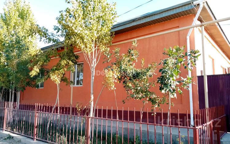7-комнатный дом, 230 м², 10 сот., Кеншимбай акын 21 за 30 млн 〒 в