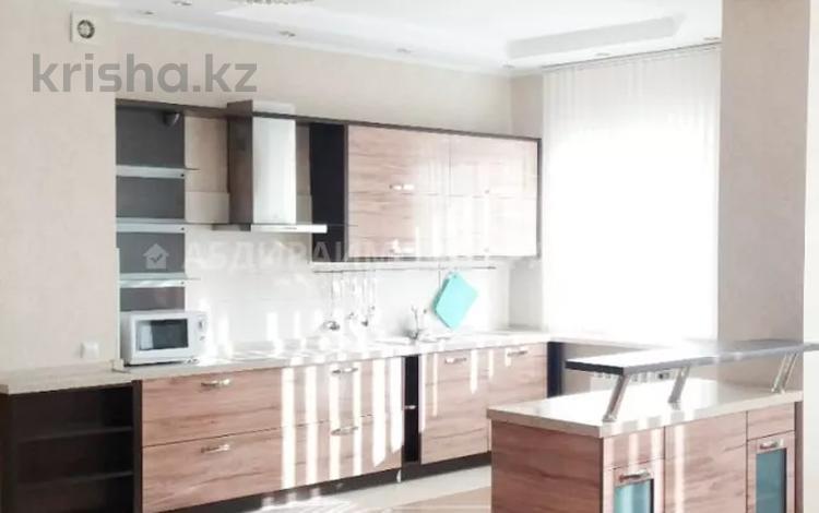 4-комнатная квартира, 160 м², 8/16 этаж помесячно, Луганского — Сатпаева за 650 000 〒 в Алматы, Медеуский р-н