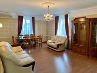 3-комнатная квартира, 139 м², 2/9 этаж помесячно