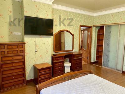 3-комнатная квартира, 139 м², 2/9 этаж помесячно, Мичурина 23 а за 350 000 〒 в Караганде, Казыбек би р-н — фото 5