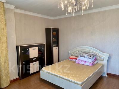 3-комнатная квартира, 139 м², 2/9 этаж помесячно, Мичурина 23 а за 350 000 〒 в Караганде, Казыбек би р-н — фото 9