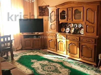 3-комнатная квартира, 70 м², 7/9 этаж, мкр Аксай-5, Мкр Аксай-5 за 24.5 млн 〒 в Алматы, Ауэзовский р-н