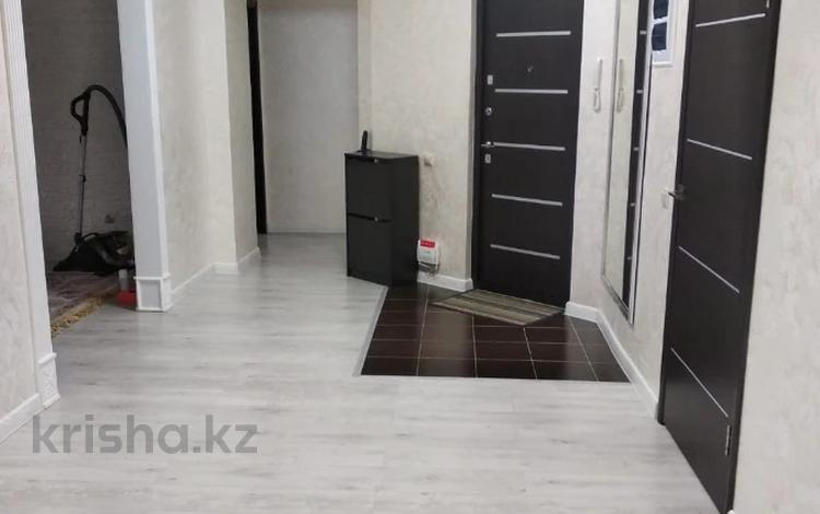 3-комнатная квартира, 116.6 м², 2/13 этаж, Толе би 273а за 39 млн 〒 в Алматы, Ауэзовский р-н