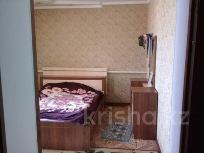 9-комнатный дом, 200 м², 8 сот., Массив арай 120 — 3 за 47 млн 〒 в Таразе