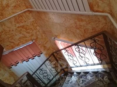 9-комнатный дом, 200 м², 8 сот., Массив арай 120 — 3 за 47 млн 〒 в Таразе — фото 5