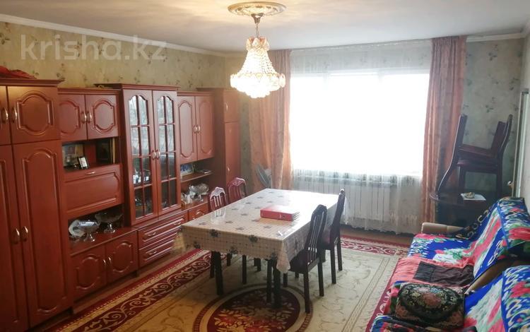 4-комнатная квартира, 85 м², 5/5 этаж, Самал 25 за 17.5 млн 〒 в Талдыкоргане