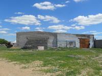 Здание, площадью 1815.2 м²