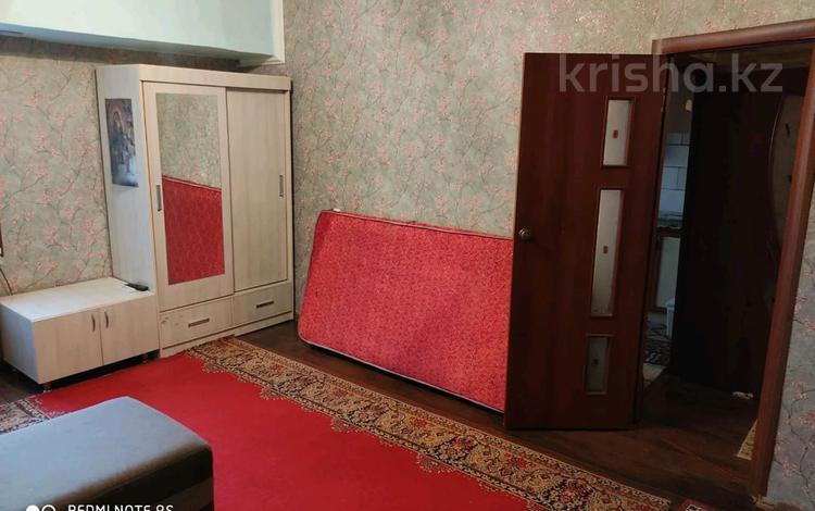 1-комнатная квартира, 40 м², 8/9 этаж помесячно, Туркестанская улица 1 — Аль фараби за 75 000 〒 в Шымкенте