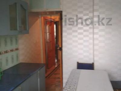 4-комнатная квартира, 75.1 м², 1/5 этаж, Химпоселок Аппасова(Лесная) 30 — Толе би за 13.5 млн 〒 в Таразе — фото 12