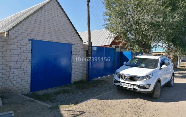 4-комнатный дом, 136 м², 5.6 сот., Московская 29 за 17 млн 〒 в Актобе, Старый город