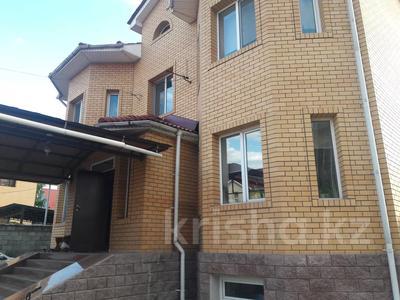 5-комнатный дом помесячно, 350 м², 10 сот., мкр Мамыр-4 за 400 000 〒 в Алматы, Ауэзовский р-н