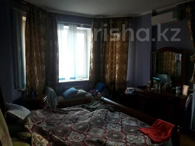 5-комнатный дом помесячно, 350 м², 10 сот., мкр Мамыр-4 за 400 000 〒 в Алматы, Ауэзовский р-н — фото 18
