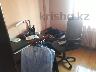 5-комнатный дом помесячно, 350 м², 10 сот., мкр Мамыр-4 за 400 000 〒 в Алматы, Ауэзовский р-н — фото 19