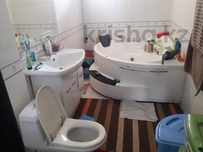 5-комнатный дом помесячно, 350 м², 10 сот., мкр Мамыр-4 за 400 000 〒 в Алматы, Ауэзовский р-н — фото 25