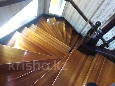 5-комнатный дом помесячно, 350 м², 10 сот., мкр Мамыр-4 за 400 000 〒 в Алматы, Ауэзовский р-н — фото 29