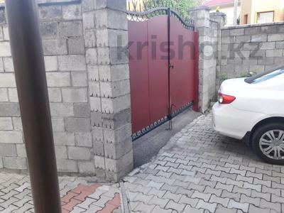 5-комнатный дом помесячно, 350 м², 10 сот., мкр Мамыр-4 за 400 000 〒 в Алматы, Ауэзовский р-н — фото 37