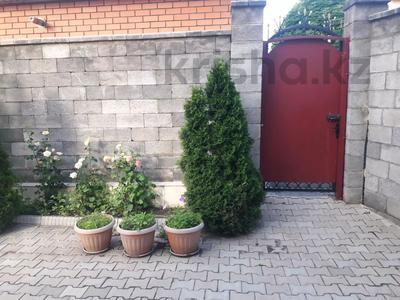 5-комнатный дом помесячно, 350 м², 10 сот., мкр Мамыр-4 за 400 000 〒 в Алматы, Ауэзовский р-н — фото 38