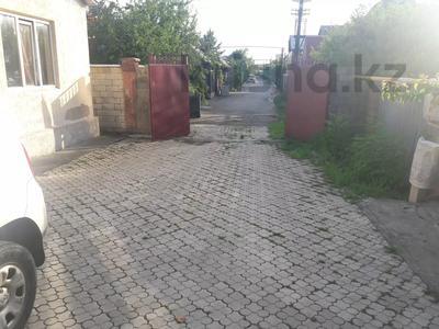 5-комнатный дом помесячно, 350 м², 10 сот., мкр Мамыр-4 за 400 000 〒 в Алматы, Ауэзовский р-н — фото 45