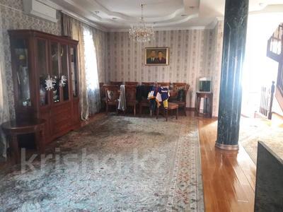 5-комнатный дом помесячно, 350 м², 10 сот., мкр Мамыр-4 за 400 000 〒 в Алматы, Ауэзовский р-н — фото 6