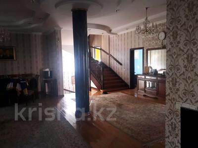 5-комнатный дом помесячно, 350 м², 10 сот., мкр Мамыр-4 за 400 000 〒 в Алматы, Ауэзовский р-н — фото 7