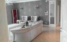 4-комнатная квартира, 120 м², 2/25 этаж помесячно, Байтурсынова 3 за 400 000 〒 в Нур-Султане (Астана), Есиль р-н