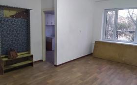 3-комнатная квартира, 54 м², 1/3 этаж помесячно, Абылайхана 36 за 35 000 〒 в Кентау