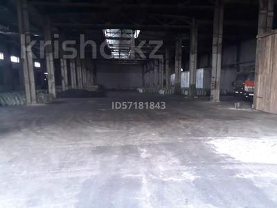 Здание, площадью 2100 м², Шугаева 153/2 за 120 млн 〒 в Семее — фото 2