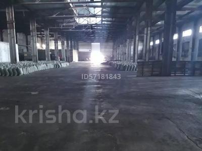 Здание, площадью 2100 м², Шугаева 153/2 за 120 млн 〒 в Семее — фото 3