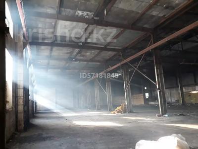 Здание, площадью 2100 м², Шугаева 153/2 за 120 млн 〒 в Семее — фото 4