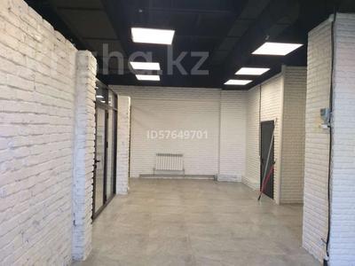 Магазин площадью 500 м², Макатаева 117 — Масанчи за 5 500 〒 в Алматы, Алмалинский р-н — фото 3